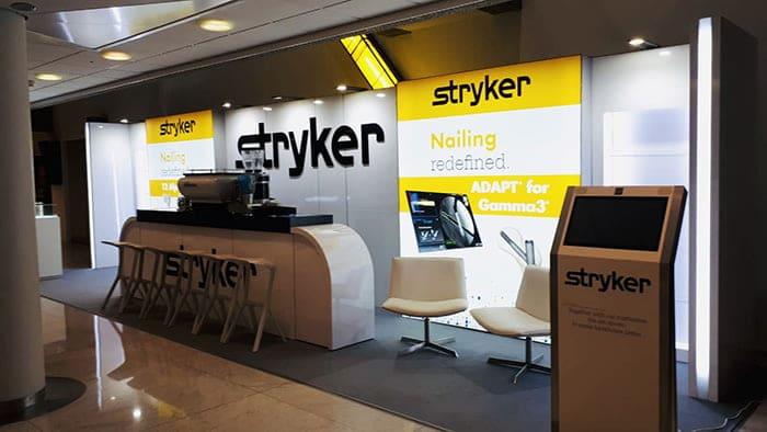 Beursstand Stryker